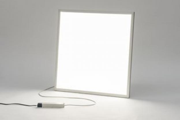 Jaka jest różnica między tanim i droższym panelem LED?